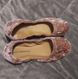 Lucky brand slippers